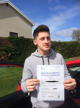 Brilliant instructor Passed first time and after only 22 hours of driving